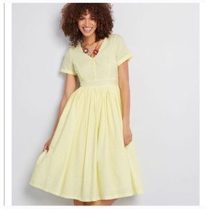 NEW WITH TAGS MODCLOTH VINTAGE INSPIRED DRESS 12